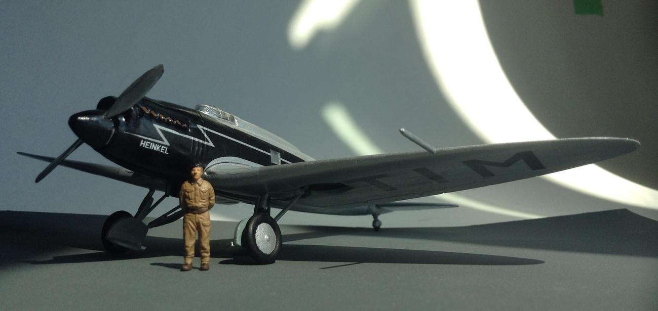 Heinkel He 70 Blitz by Medjoe