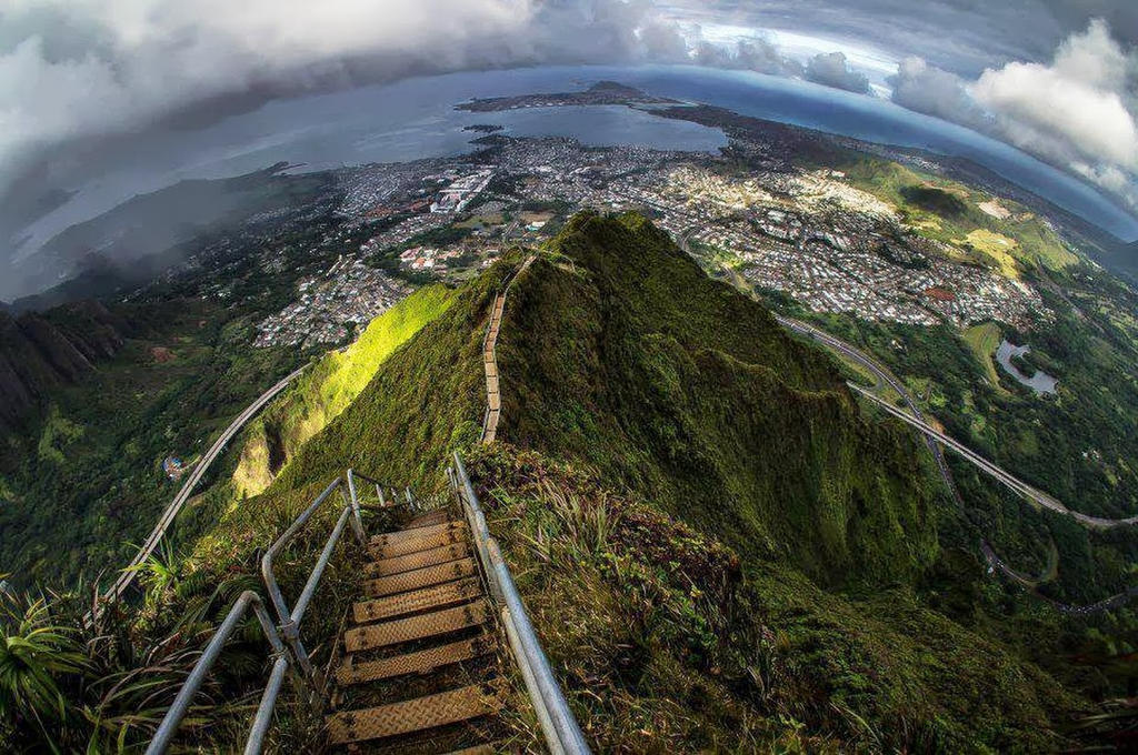 هايكو السلالم الصاعدة إلى السماء stairway_to_heaven__
