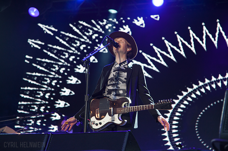 Beck in Concert by Cyril-Helnwein