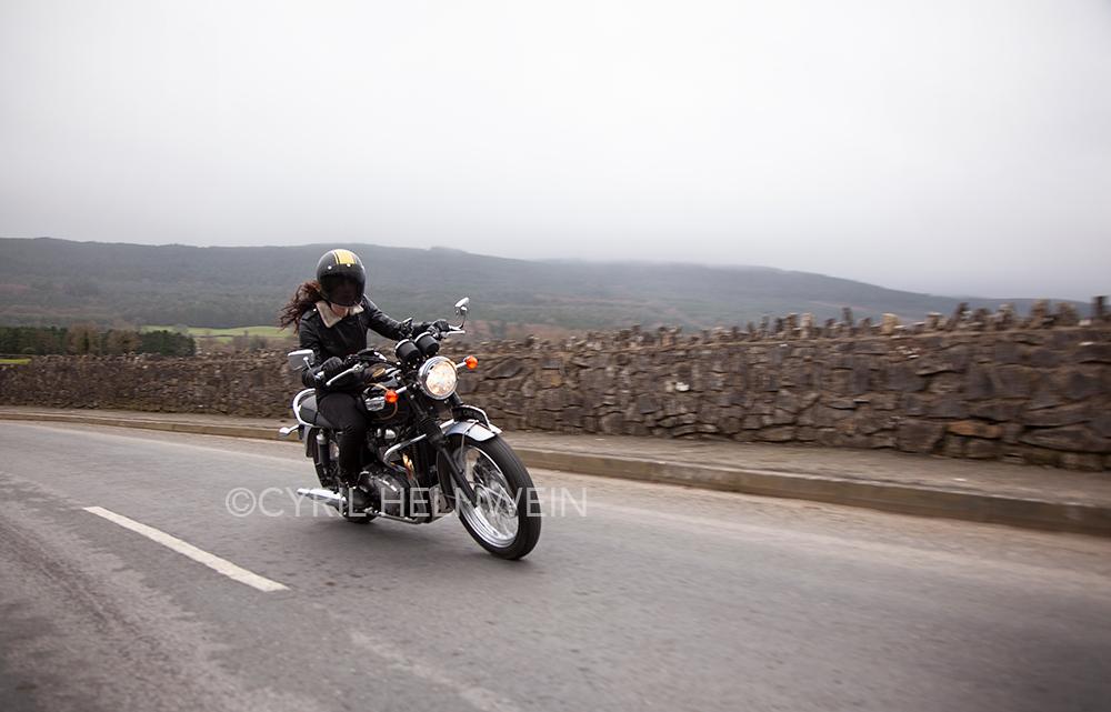 Kojii Helnwein Triumph Bonneville T100 SE by Cyril-Helnwein