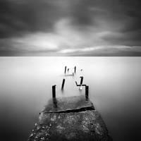 Rainy Pier.. by SerdarAKIN