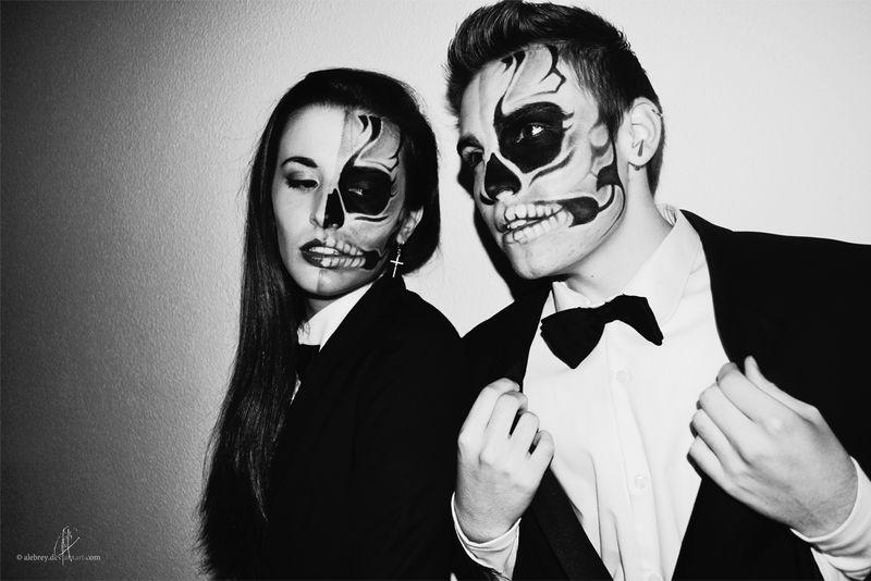 Skull Couple 1.