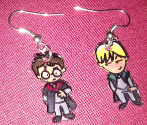Cute Harry and Draco earrings