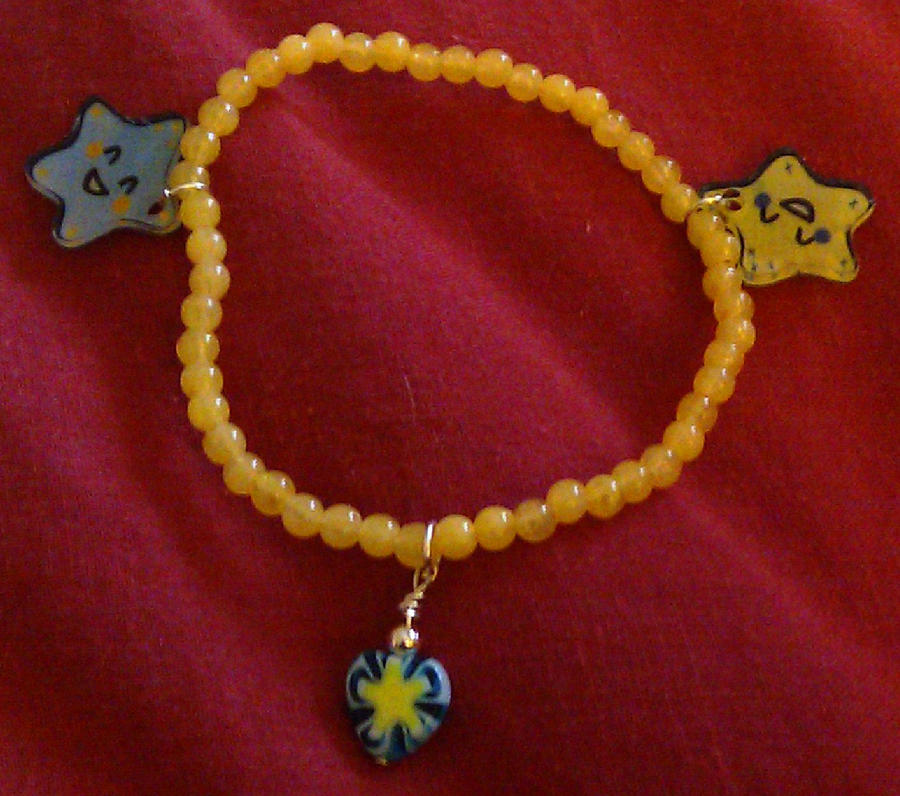 Kawaii Starfish bracelet by Lovelyruthie