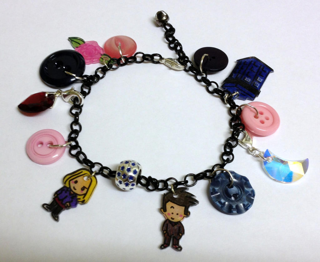 Kawaii Doctor Who 10 and Rose Charm Bracelet by ...