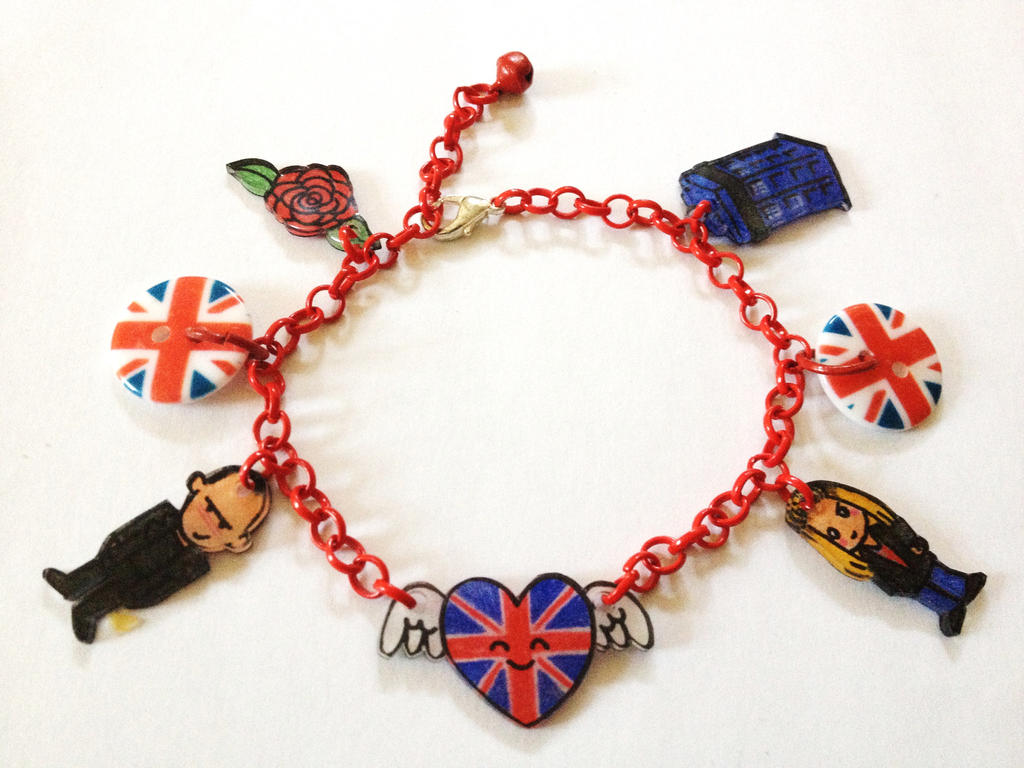 Doctor Who 9 and Rose Union Jack bracelet by Lovelyruthie