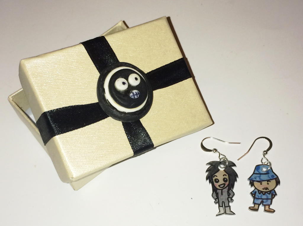 Mighty Boosh boxed earrings by Lovelyruthie