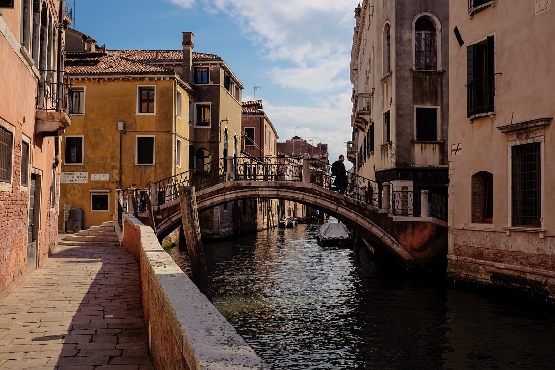 Venice #1 - Man on the bridge by siddhartha19