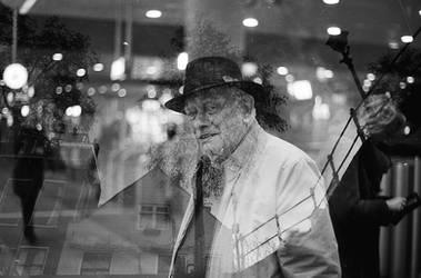 Reflections on city life - Portraits #3
