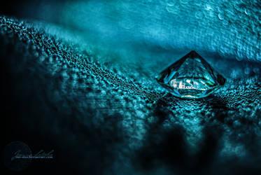 Sailing the Deep Dark Ocean. by oro-elui