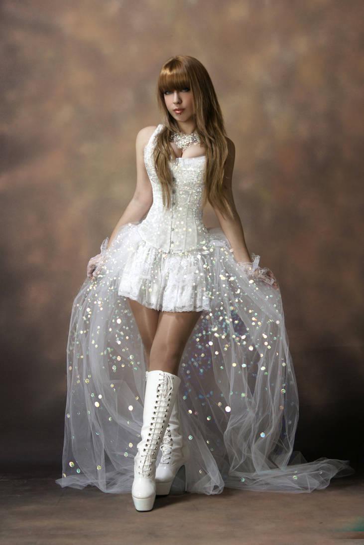 Tanit-Isis White Swan IV