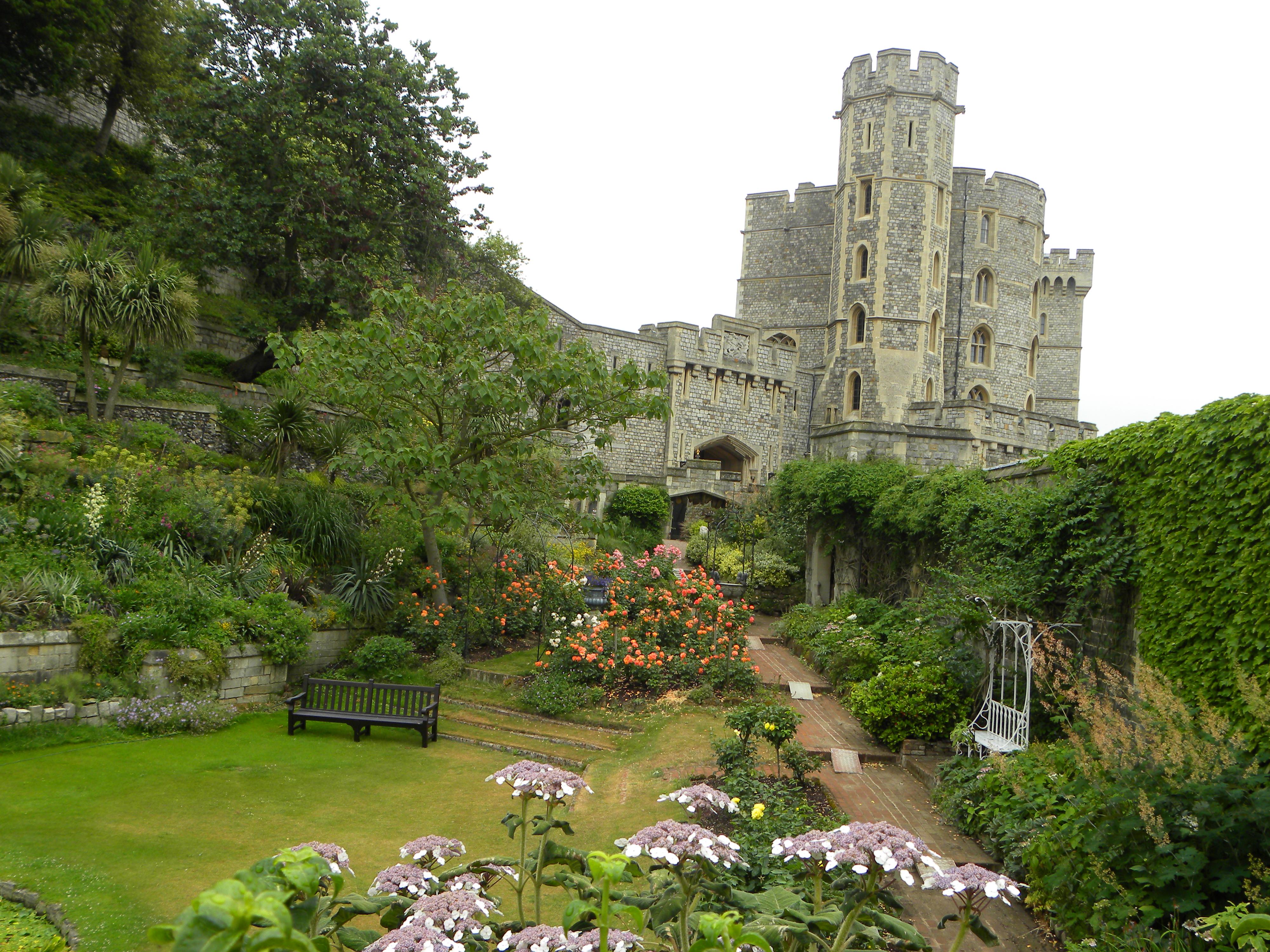 Windsor Castle by FreezingDarkFantasy