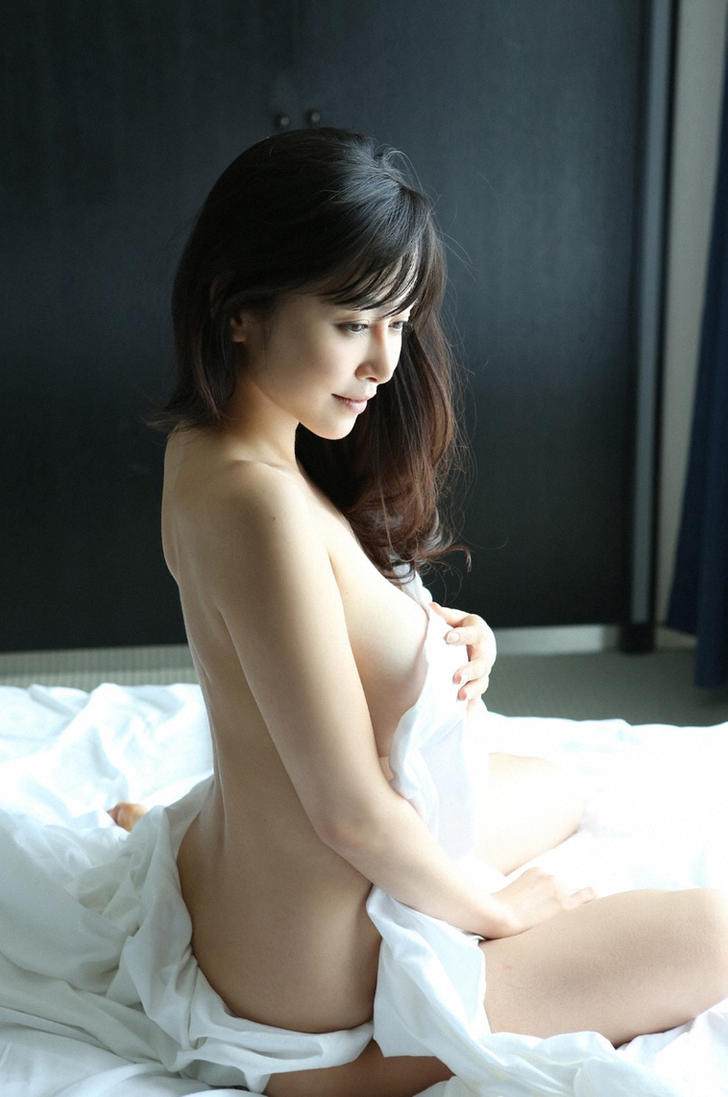 almost-naked-japannese-girls-erotic-photography-syracuse