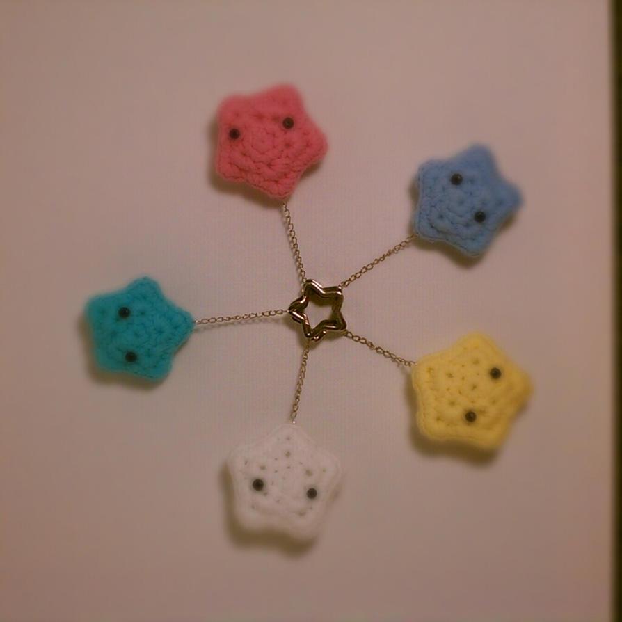 Free Crochet Cat Keychain Pattern : star amigurumi keychains by jadetsao on DeviantArt