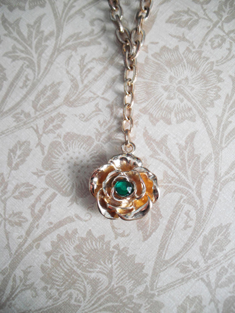 House Tyrell Necklace by AriesNamarie