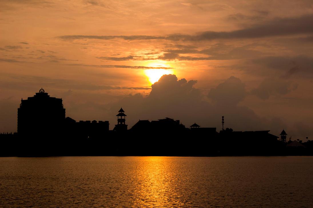 Sunset at the Putrajaya Lake by SinanDira