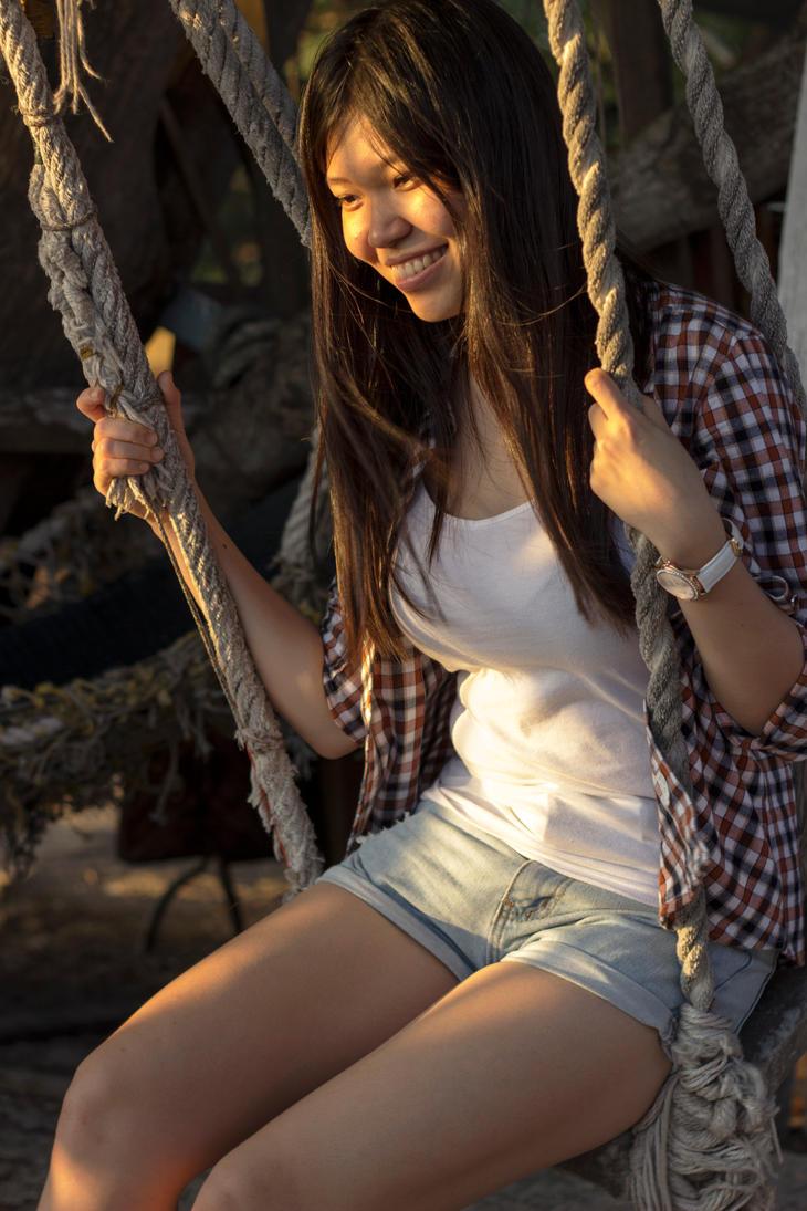 Swinging At Dusk by SinanDira