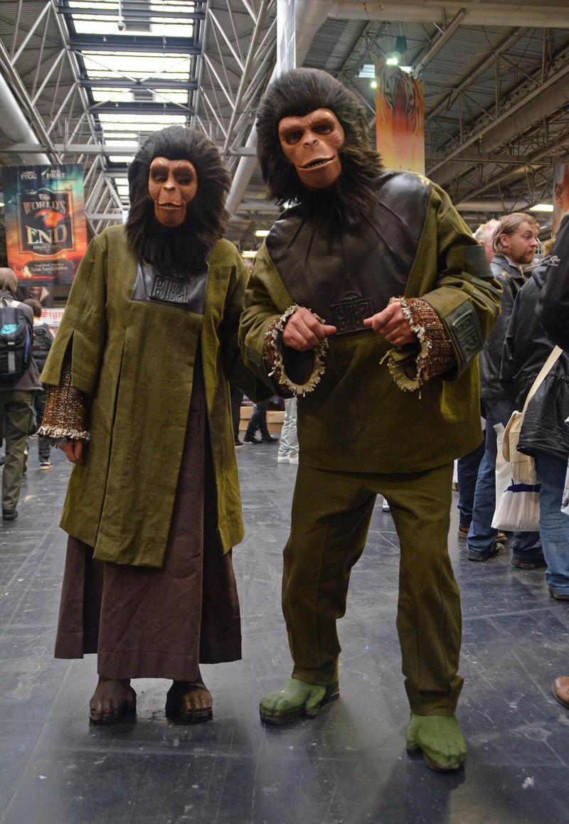 planet of the apes zira costume with Pla  Of The Apes Cosplay Cornelius And Zora 339533091 on 293367363198362836 moreover 04 06 additionally 04 02 in addition Worst Costume further 2010 04 01 archive.