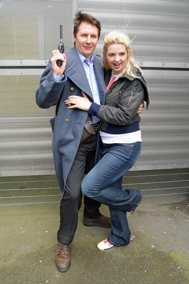 Captain Jack Harkness and Rose Tyler by masimage on DeviantArt