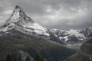Matterhorn HDR by bribesdemoi