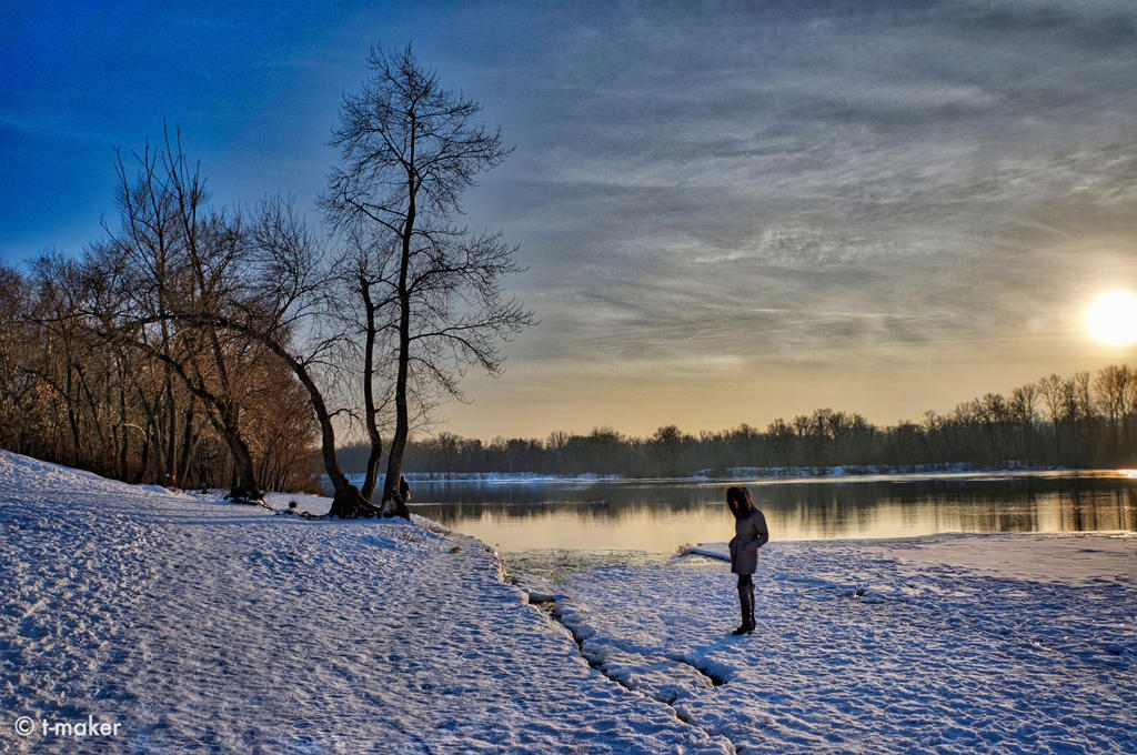 Ice Floes at Sunset by t-maker