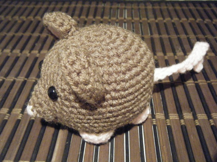 Amigurumi Rat : Ravelry book rat pattern by jonas matthies