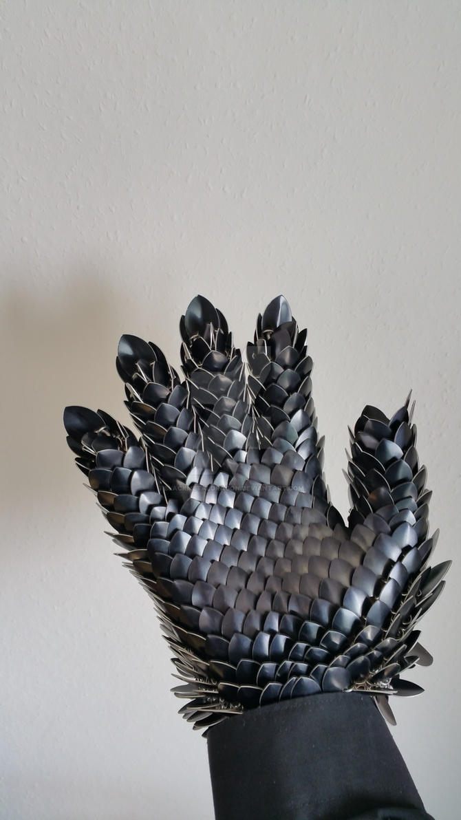 Inner view of a metal dragonscale glove/gauntlet by BlackMetalDragon