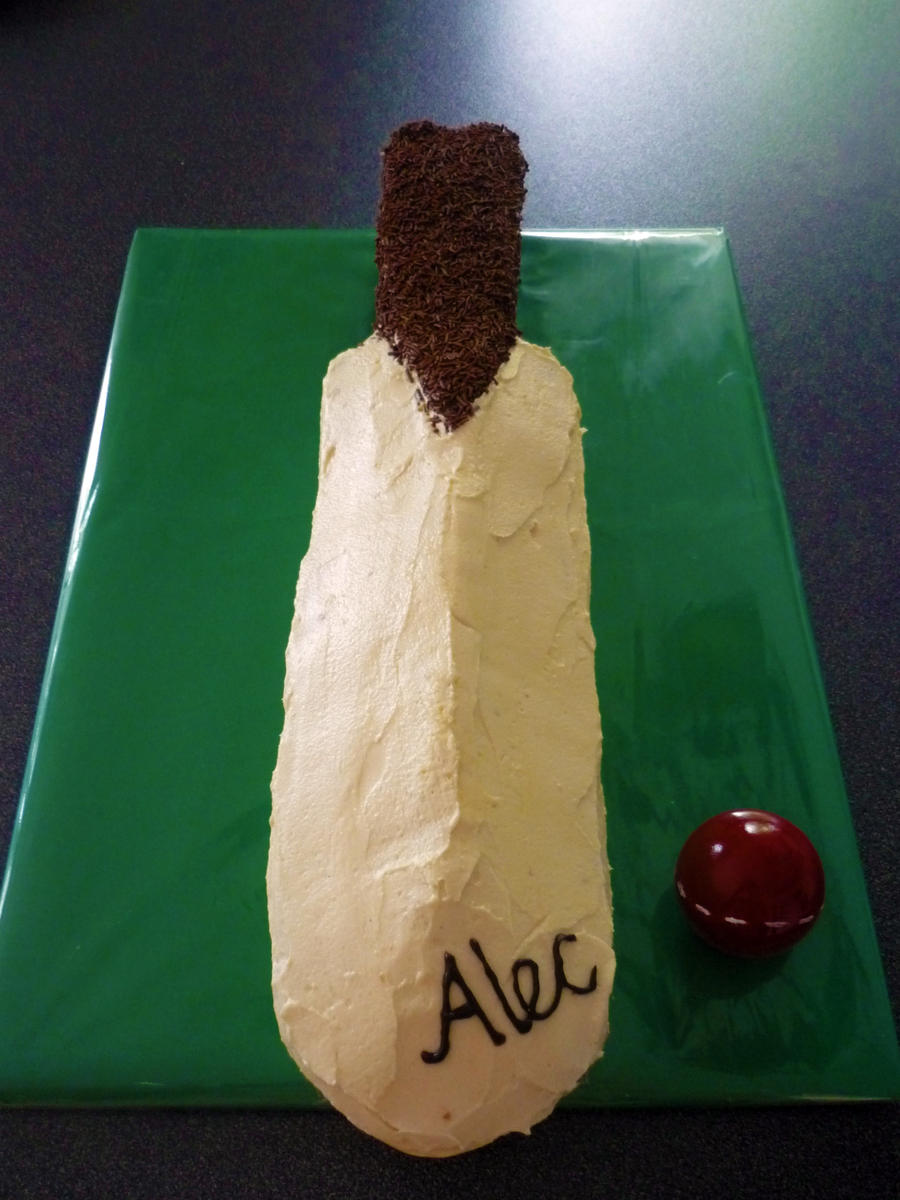 Cricket Bat Cake Images : Cricket Bat Cake by 1-Lilith-1 on DeviantArt