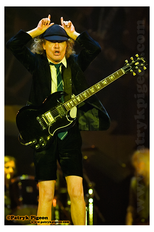 Book Review — AC/DC FAQ: All That ... - Evilcyclist's Blog