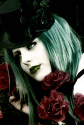 Living Dead Girl by oibyrd