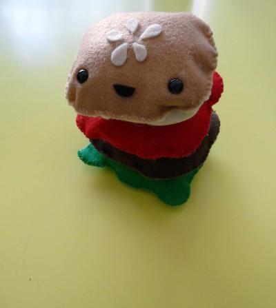 Food Plushie - Hamburger by gippentarp