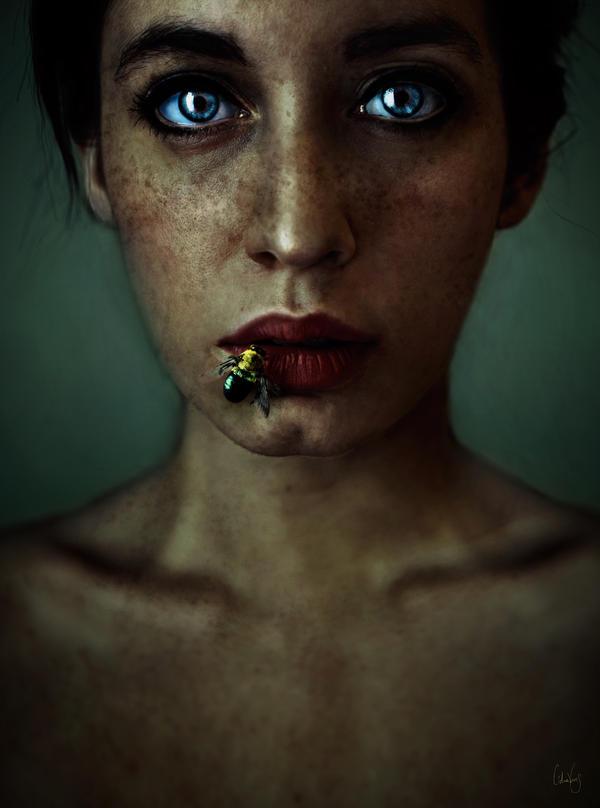 Honey lips by LidiaVives