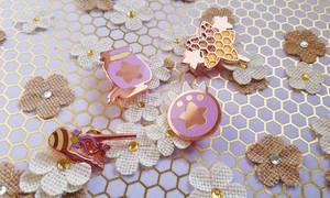 Honey Henshin (Enamel Pins)