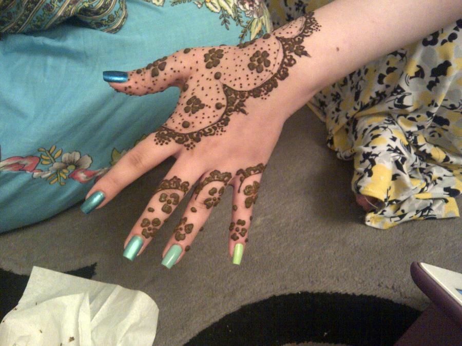 Lace glove henna design by bluestarglacia on deviantart for Lace glove tattoo