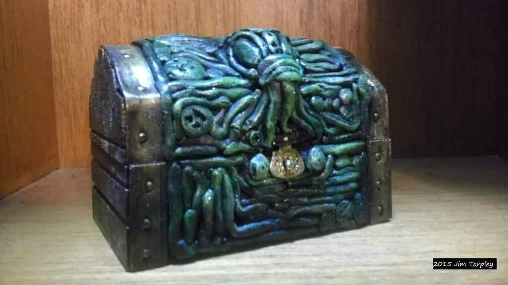 Cthulhu Chest by Mutt12