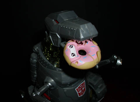 Grimlock with Donut Botbot