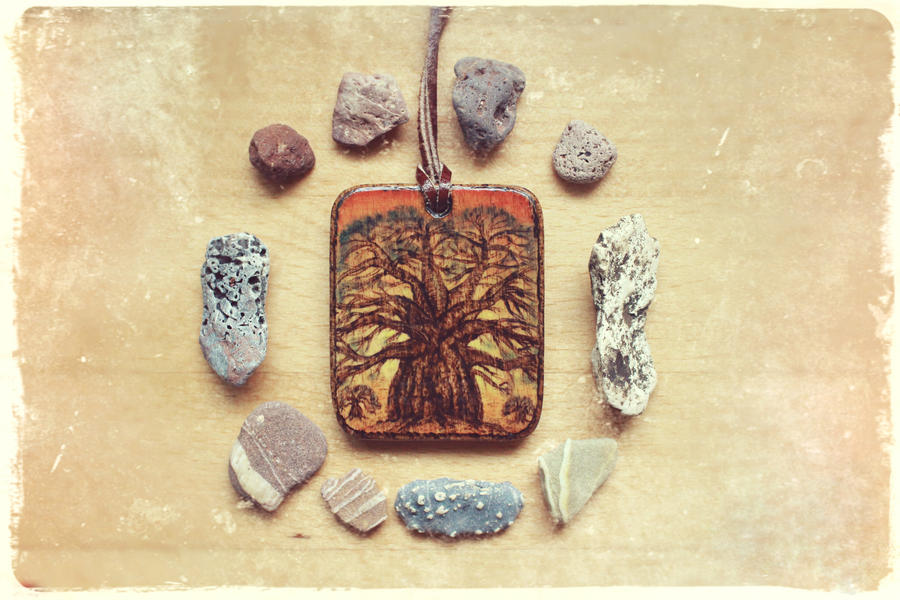 Baobab - Wooden pendant by Aijoku