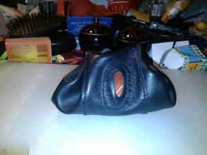Black purse 2