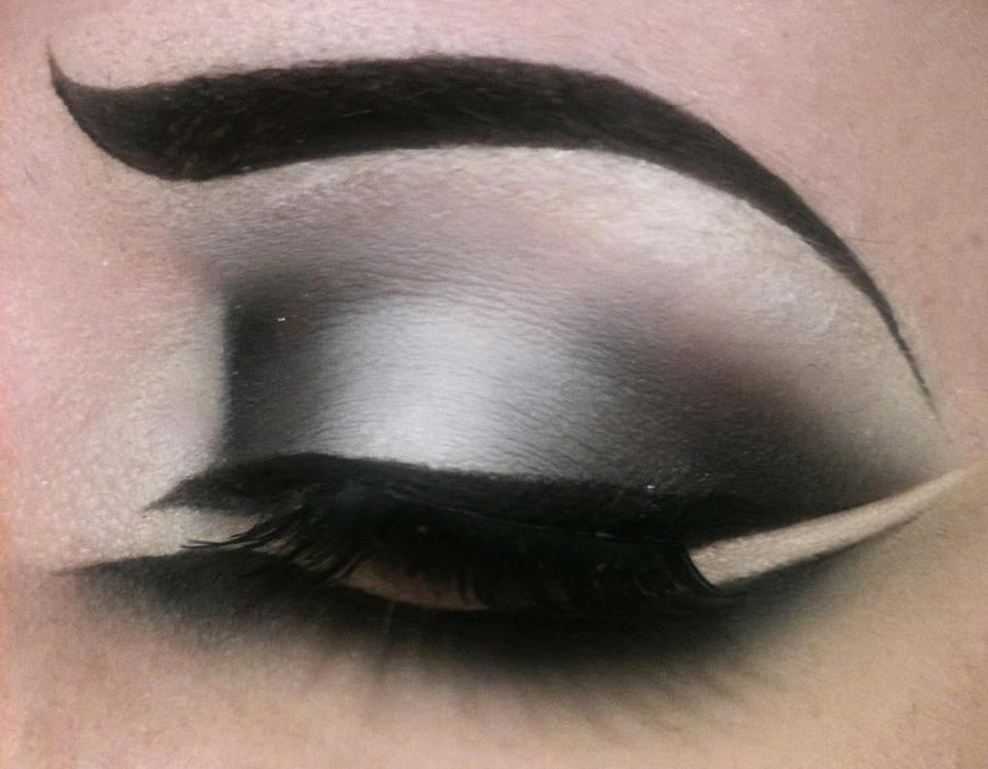 Hot Smoky Cat Eye - Make up by TheEmanueleCastelli
