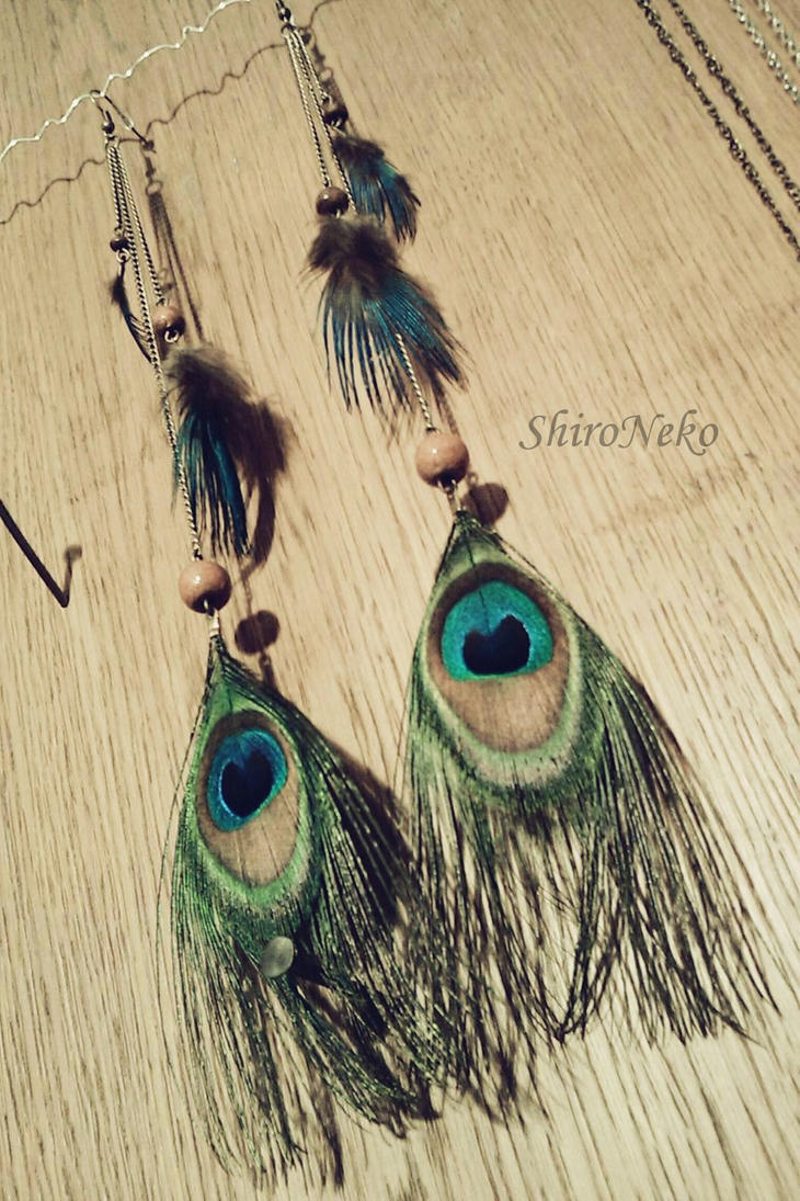Peacock feather earrings by ShirNek0