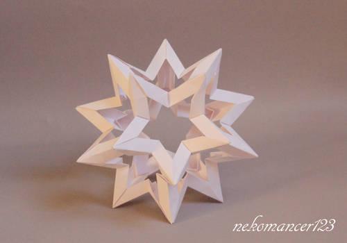 Maria Sinayskaya | Gilad's Origami Page | 350x500