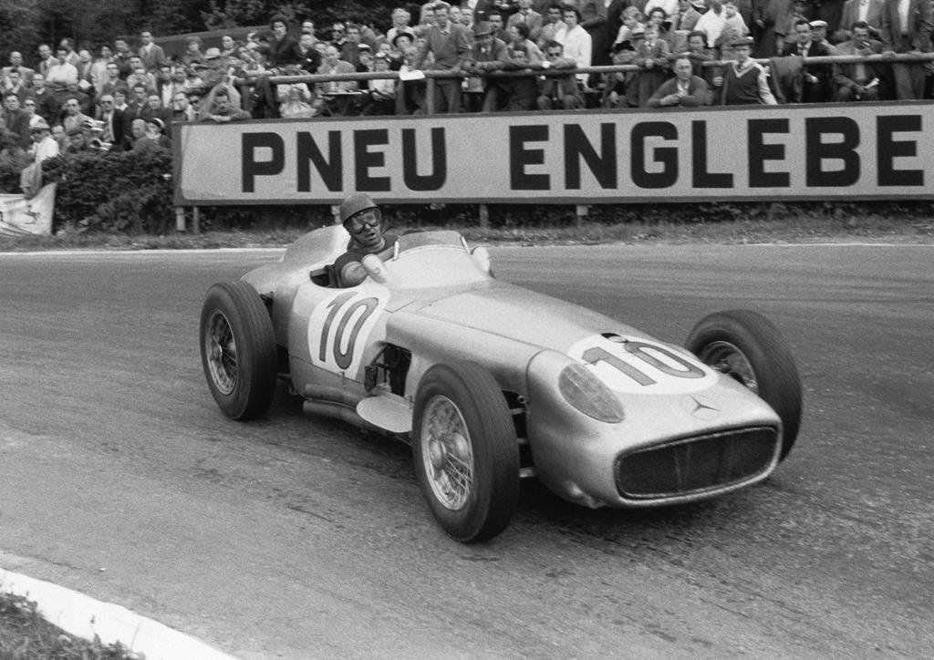 Juan manuel fangio belgium 1955 by f1 history on deviantart for Mercedes benz belgium