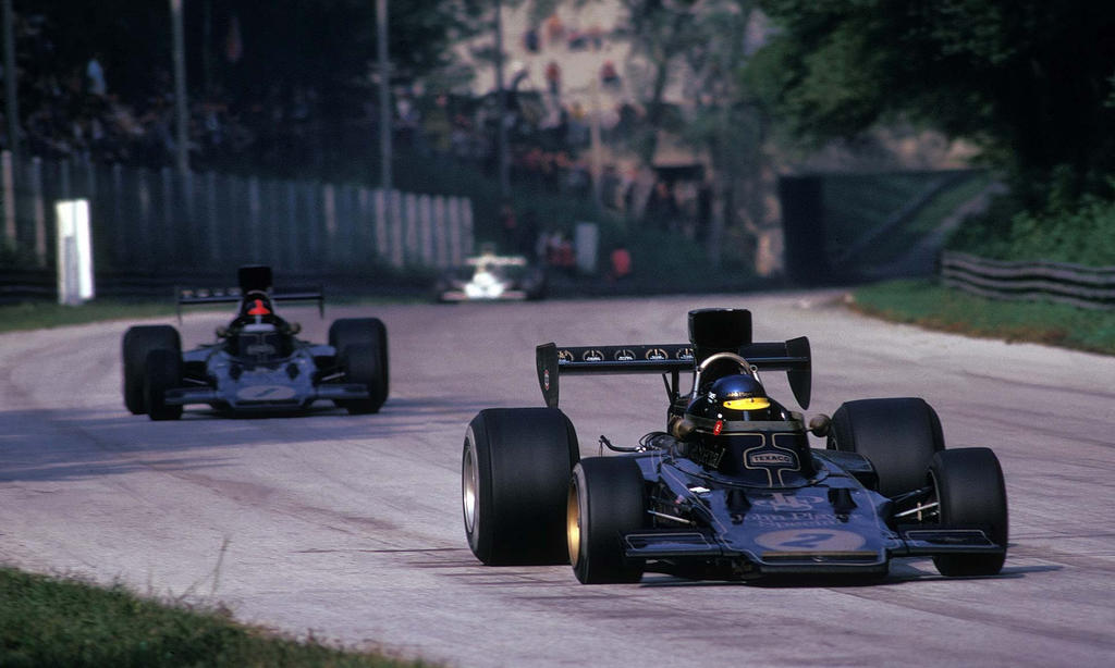 ronnie_peterson___emerson_fittipaldi__it