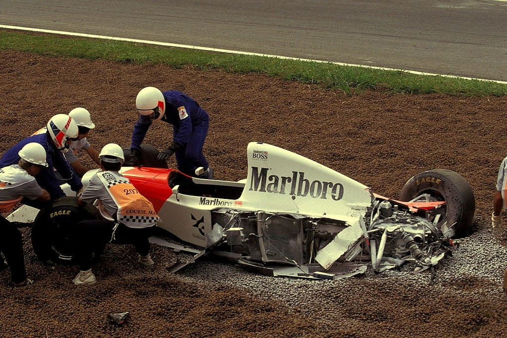 download formula 1 crashes - photo #28