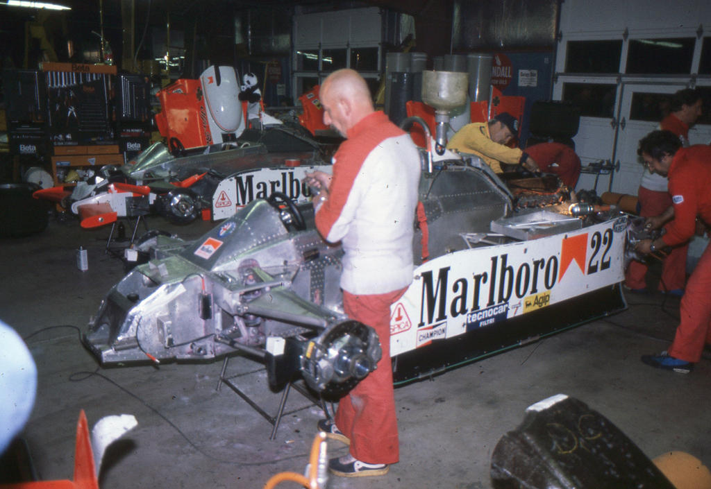 Formula 1 history in pictures 1950 1999 for Garage renault guiardel reims