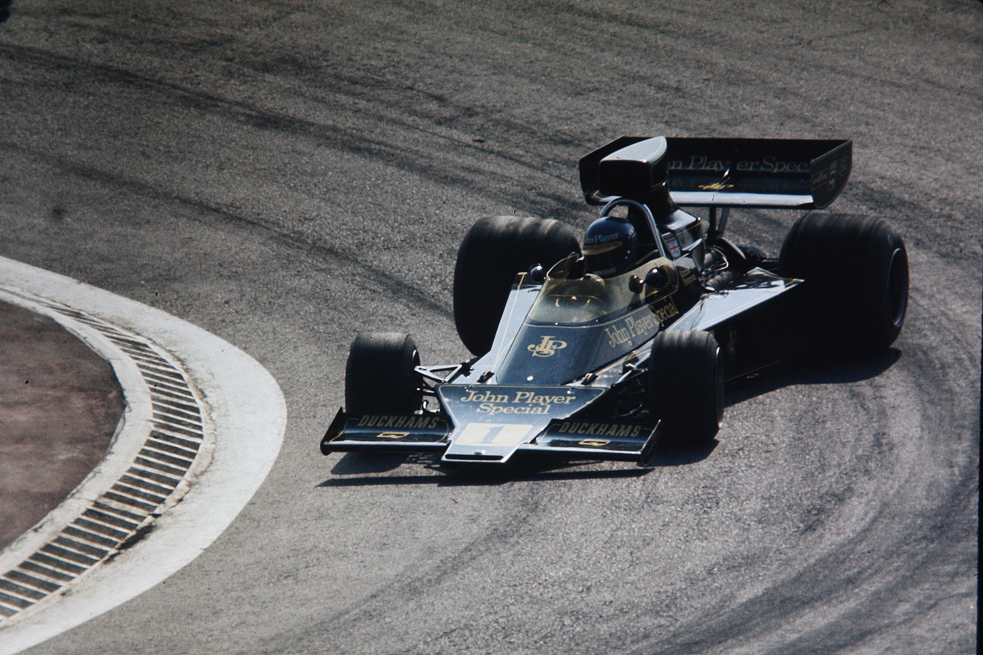 ronnie_peterson__spain_1974__by_f1_histo
