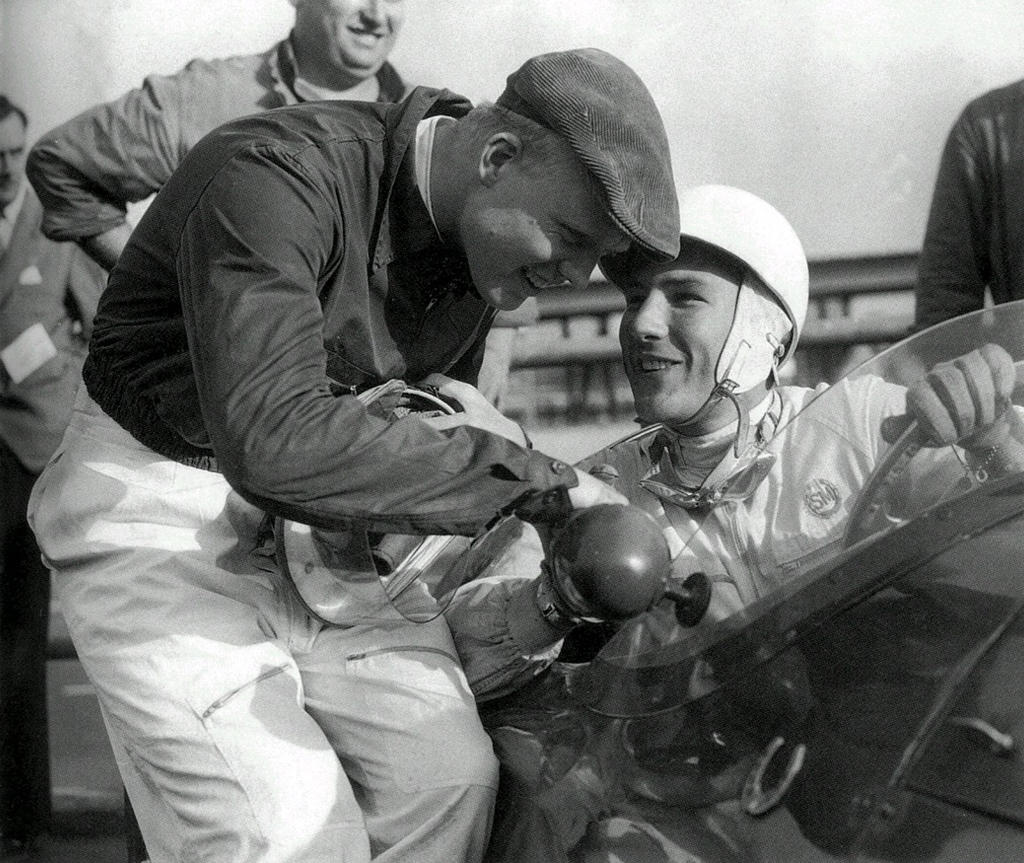 Mike Hawthorn | Stirling Moss (1954)