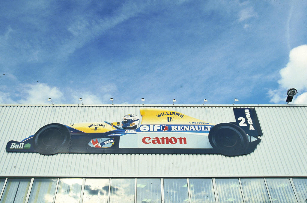 Renault sport factory 1993 by f1 history on deviantart for Garage renault viry chatillon