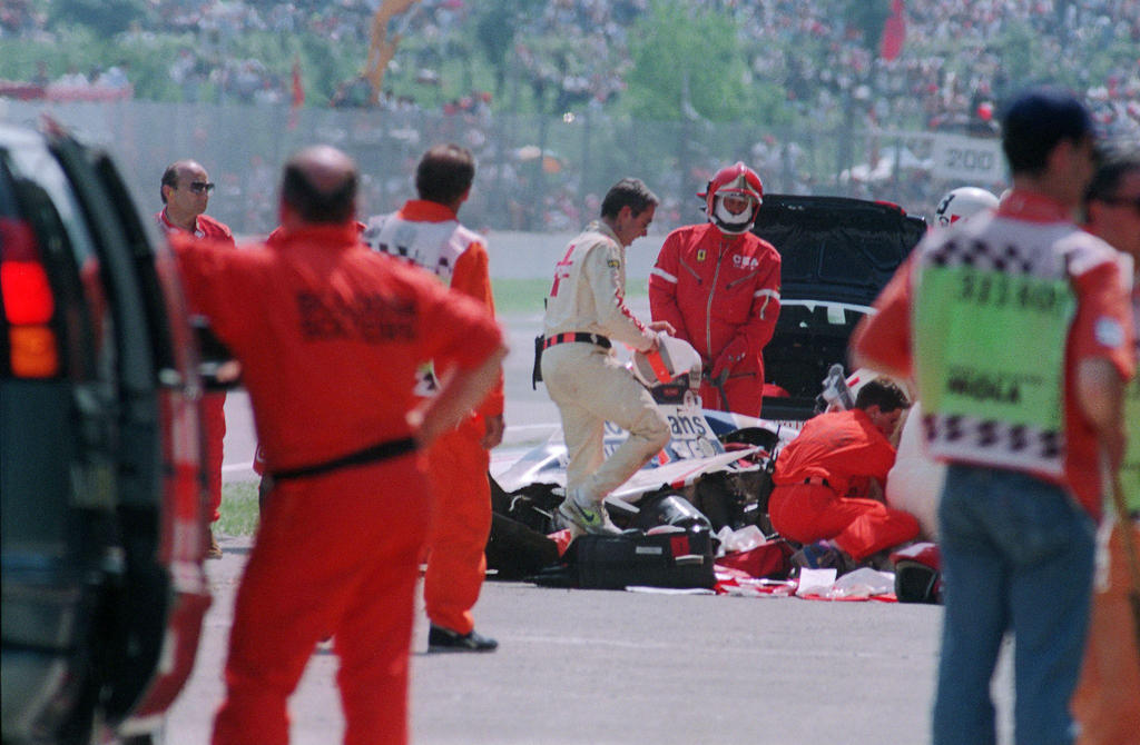 an analysis of the fatal accident of ayrton senna in the formula 1 world championship Ayrton senna beat him 2-1 in from 1981 to his fatal accident in 1982 astonishing the formula 1 world by finishing 2nd in only his.