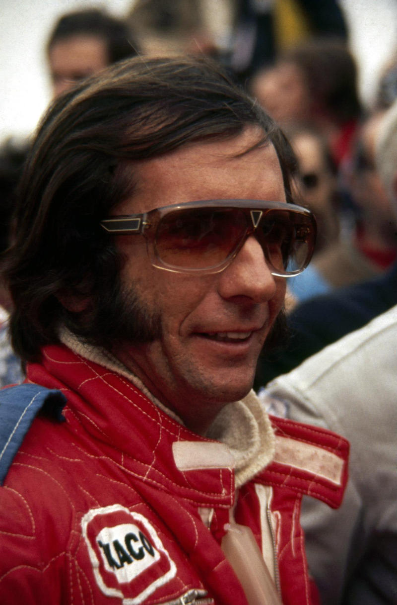 Emmerson Fittipaldi earned a  million dollar salary, leaving the net worth at 20 million in 2017